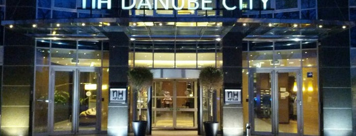 Hotel NH Danube City is one of Posti che sono piaciuti a Enrico.