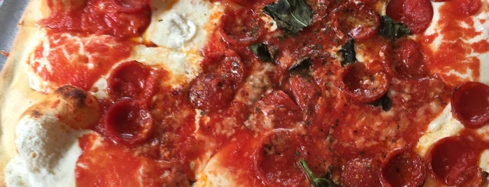 Grimaldi's Pizzeria is one of A Walk Through Historic DUMBO.