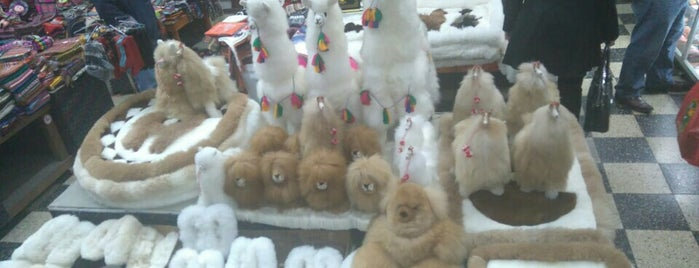 Gran Mercado Artesanal Tesoros del Inca is one of Lima.