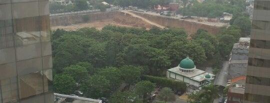 Sona Topaz Tower is one of Simpan Catatan..
