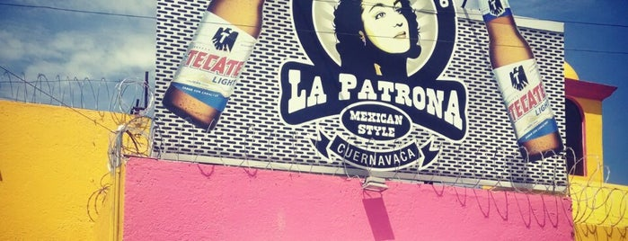 La patrona is one of Perla 님이 좋아한 장소.