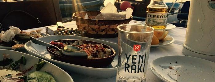 Liman Restaurant is one of İzmir Damak Tadı & Chill.