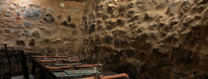 Cueva de San Esteban is one of segovia.