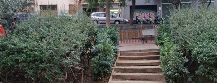 Plaça del Guinardó is one of Tempat yang Disukai Carlos.