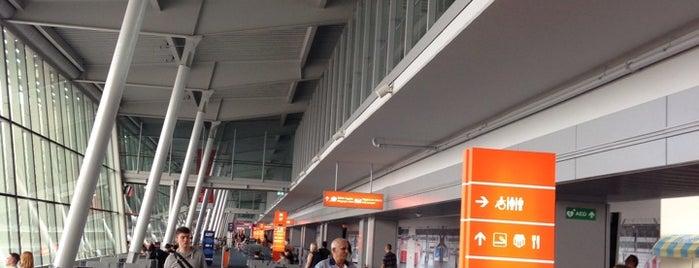 Chopin-Flughafen Warschau (WAW) is one of Warschau.
