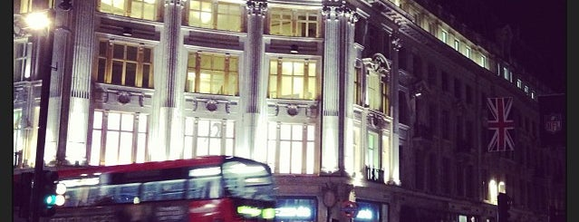 Oxford Circus is one of Londres / London.