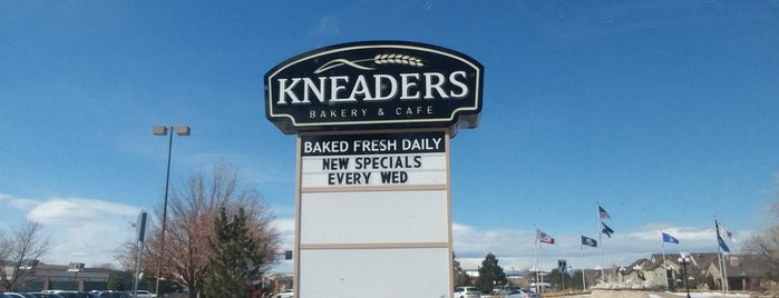 Kneader's bakery and cafe is one of Lieux qui ont plu à Lindsey.