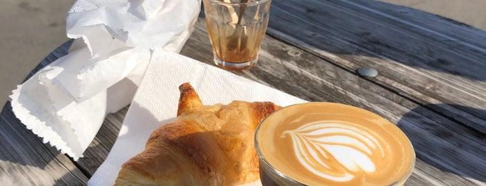 Cafe Memories is one of kávézó.