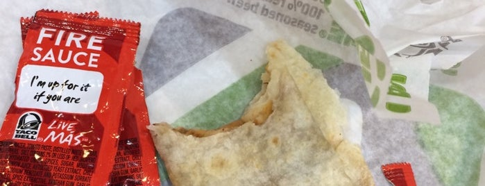 Taco Bell is one of Lieux qui ont plu à Guha.