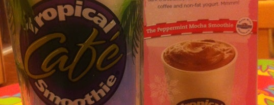 Tropical Smoothie Cafe is one of Locais curtidos por Amanda.