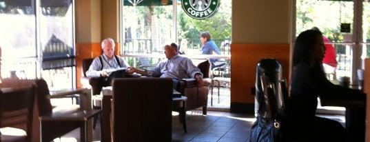 Starbucks is one of Locais curtidos por Rita.