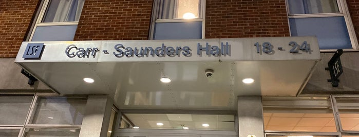 Carr-Saunders Hall, LSE is one of Briceさんのお気に入りスポット.