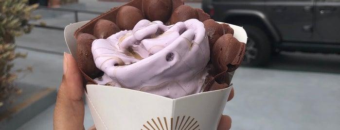 Cauldron Ice Cream is one of Posti che sono piaciuti a Dana.