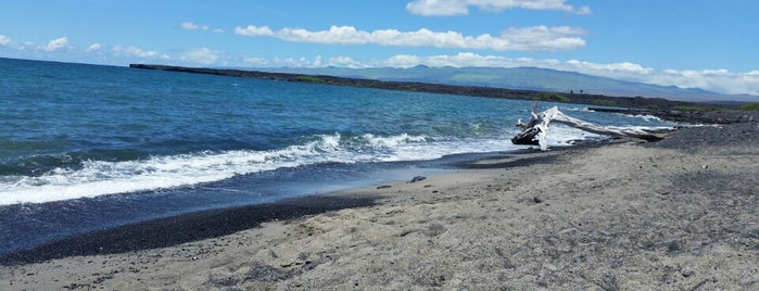 Kiholo Bay is one of HI spots.