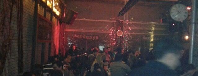 Varuna Gezgin is one of Alsancak / Bar-Club.