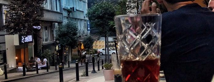 Magado Specialty Coffee is one of Lugares favoritos de Serkan.
