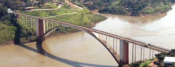 Puente Internacional de la Amistad is one of Curitiba - Foz do Iguaçu.