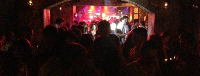 James Dean Prague is one of Nejlepší studentské party venues.