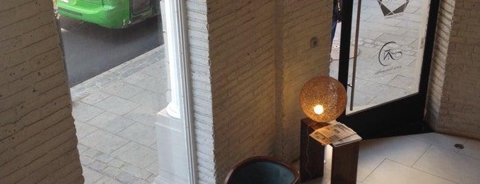 Hotel Terra Nostra is one of Lieux qui ont plu à Francisco.