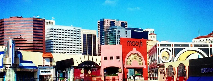 Horton Plaza is one of Lieux qui ont plu à Alfa.