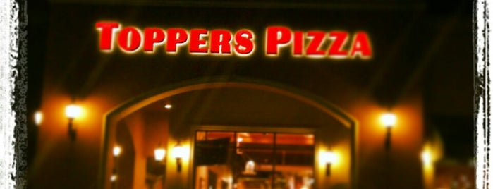 Toppers Pizza Place is one of Ventura Faves.