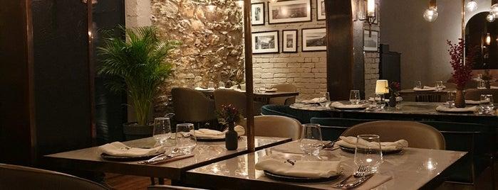 Osteria Salvatore is one of สถานที่ที่บันทึกไว้ของ Ezgi.