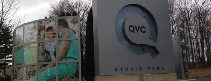 QVC Studio Park is one of Posti salvati di Eleni.