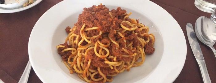 Pasta di Luigi is one of Lugares favoritos de Nawes.