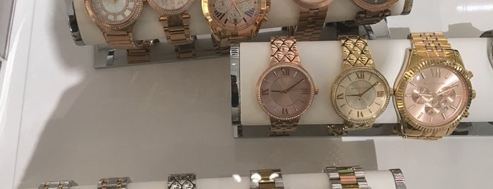 Michael Kors is one of Hawaii Omiyage.