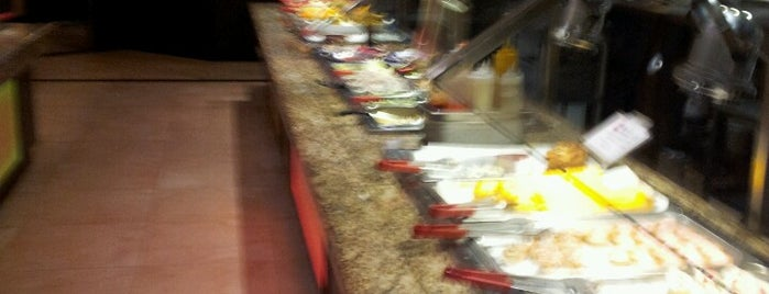 Old Town Buffet is one of Favorite place's.