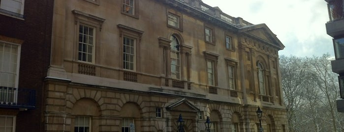 Spencer House is one of m.