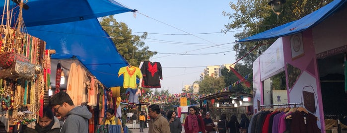 Delhi Haat is one of Hindistan'da.