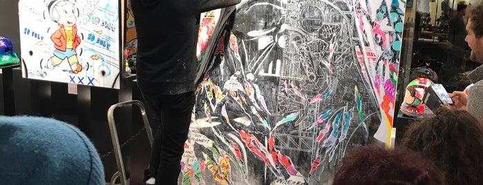 Galerie Sakura is one of Lieux sauvegardés par Javier.