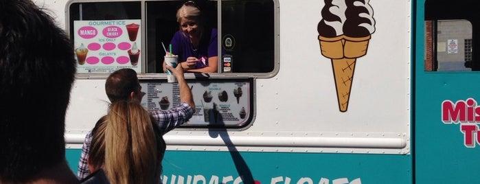 Miss Twist Ice Cream Lady is one of Tempat yang Disukai Rachel.
