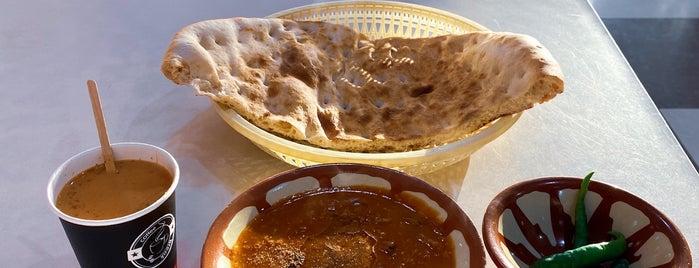 Al-Qarmoushy is one of Foodie 🦅'ın Beğendiği Mekanlar.