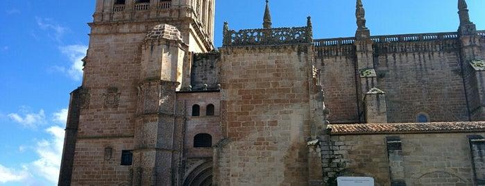 Parte Antigua De Coria is one of Lugares favoritos de Javi.