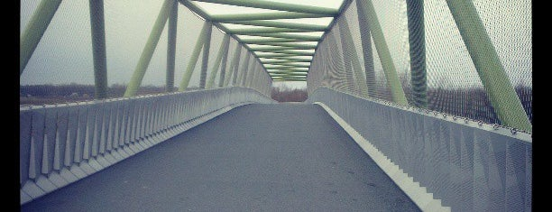 Fietsbrug Maarssenbroek-Haarzuilens A2 is one of Annisa 님이 좋아한 장소.