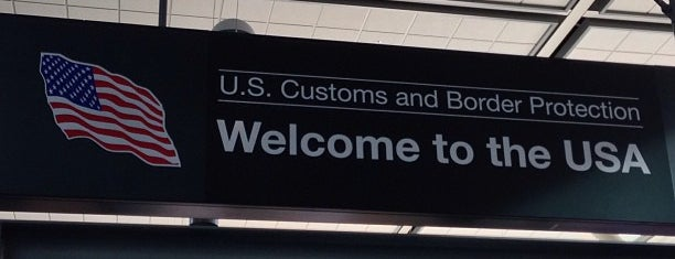US Customs and Border Protection is one of Christianさんのお気に入りスポット.