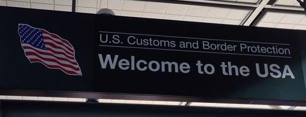 US Customs and Border Protection is one of Tempat yang Disukai Christian.