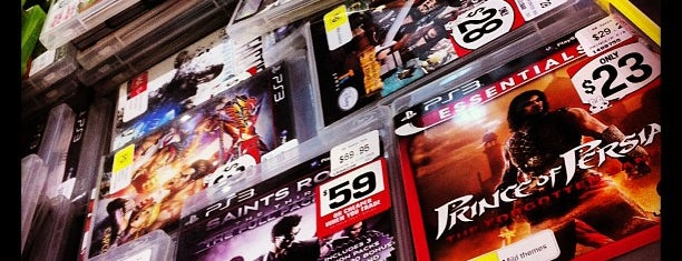 EB Games is one of Dave 님이 좋아한 장소.