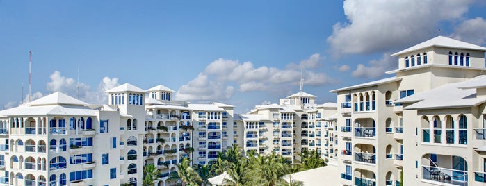 Barceló Costa Cancún is one of Hotels for Party People.