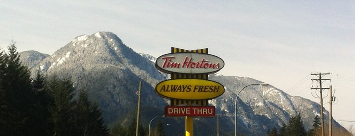 Tim Hortons is one of Lieux qui ont plu à Katharine.