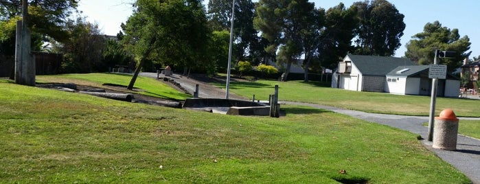 Agnew Park is one of Orte, die Anthony gefallen.
