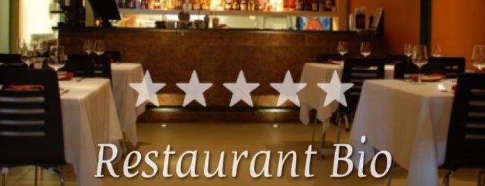 Restaurant Bio is one of Tempat yang Disukai María.