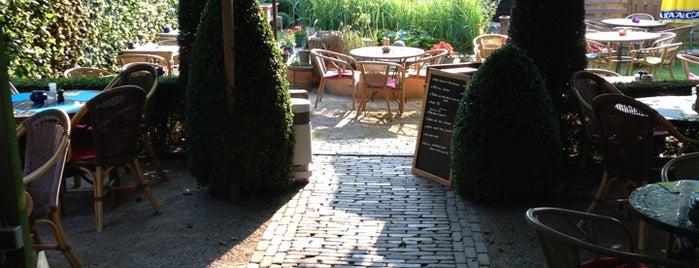Vliegende Schotel is one of Locais salvos de Filip.