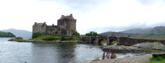 Eilean Donan Castle is one of Woot's Scotland Hot Spots.