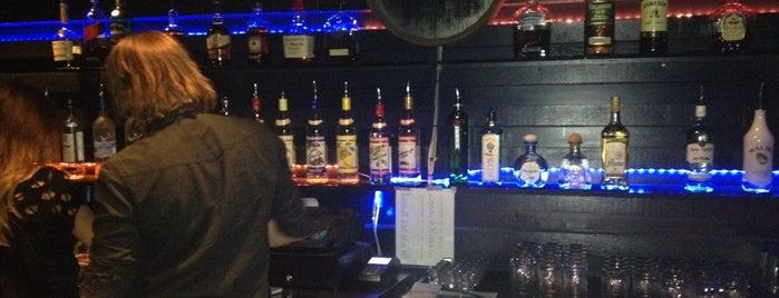 The Whiskey Disco is one of สถานที่ที่ Don ถูกใจ.