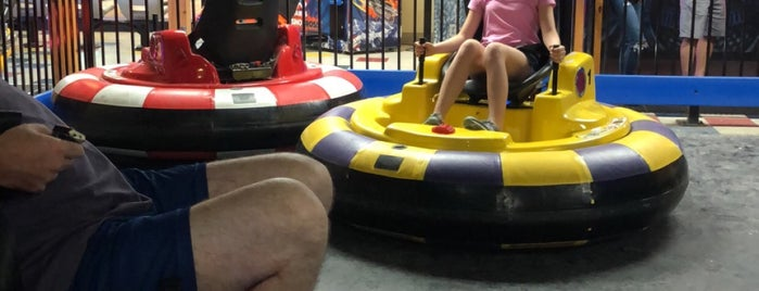 Smiley's Fun Zone and Pizzeria is one of Deep Creek Lake FAVORITES!.