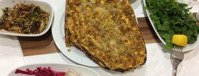 Aratto Lahmacun is one of M.HakanYilmazさんのお気に入りスポット.