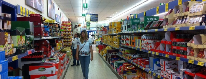 Lidl is one of Asma's Liked Places.